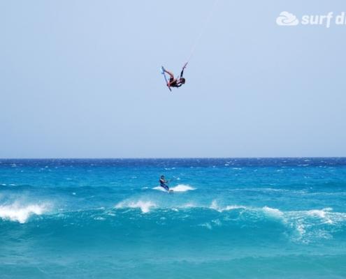 strapless kitesurfing